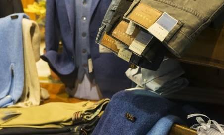 Bugatti Meyer Uomo presso Di Benedetto Abbigliamento Classico Napoli Vomero  pantaloni abiti SanRemo bb83fb7616b9