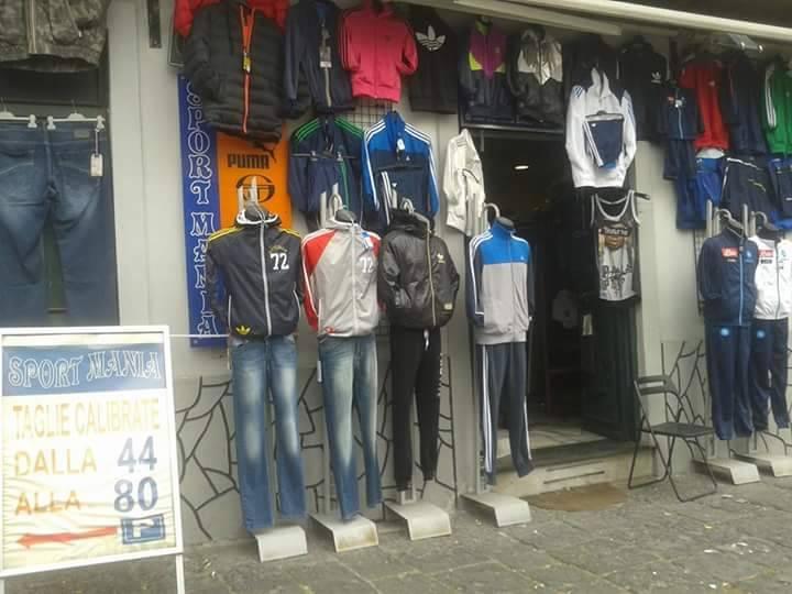 Sport Mania Napoli - Taglie Forti Uomo - Abbigliamento Sportivo di Enzo  Napoletano 947466394fea