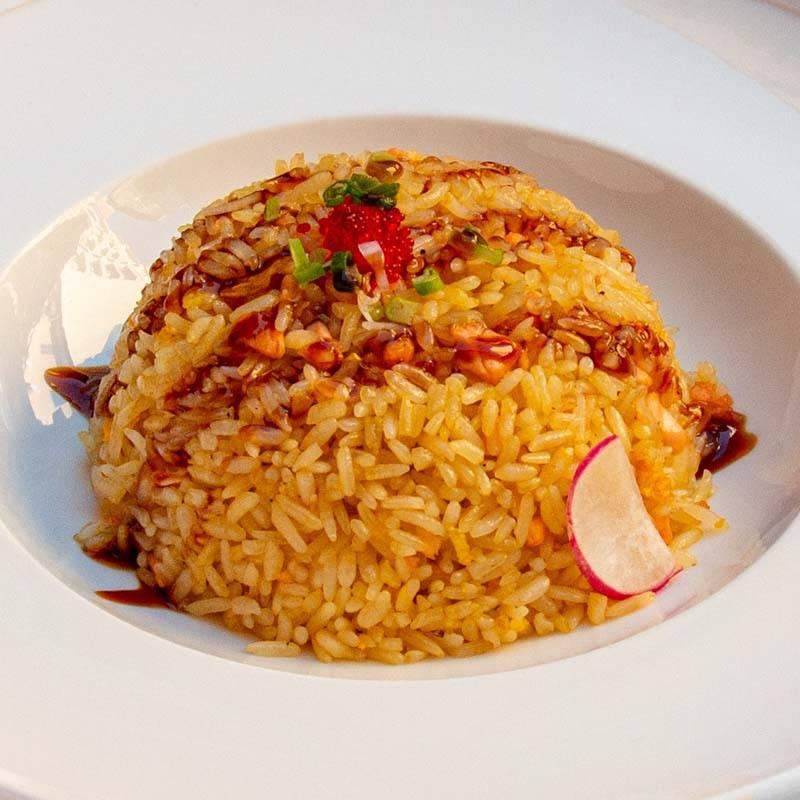 P3 riso al curry con gamberetti e ananas fresco 咖喱菠萝饭