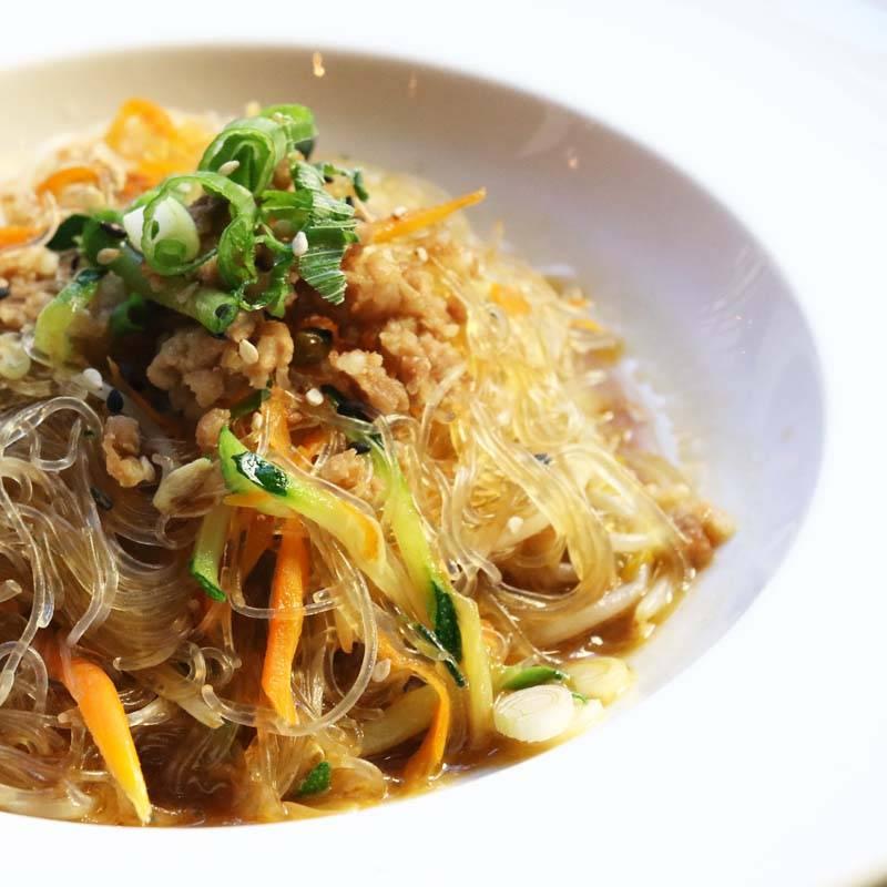 P10 noodles di soia saltati con carne 肉末粉丝