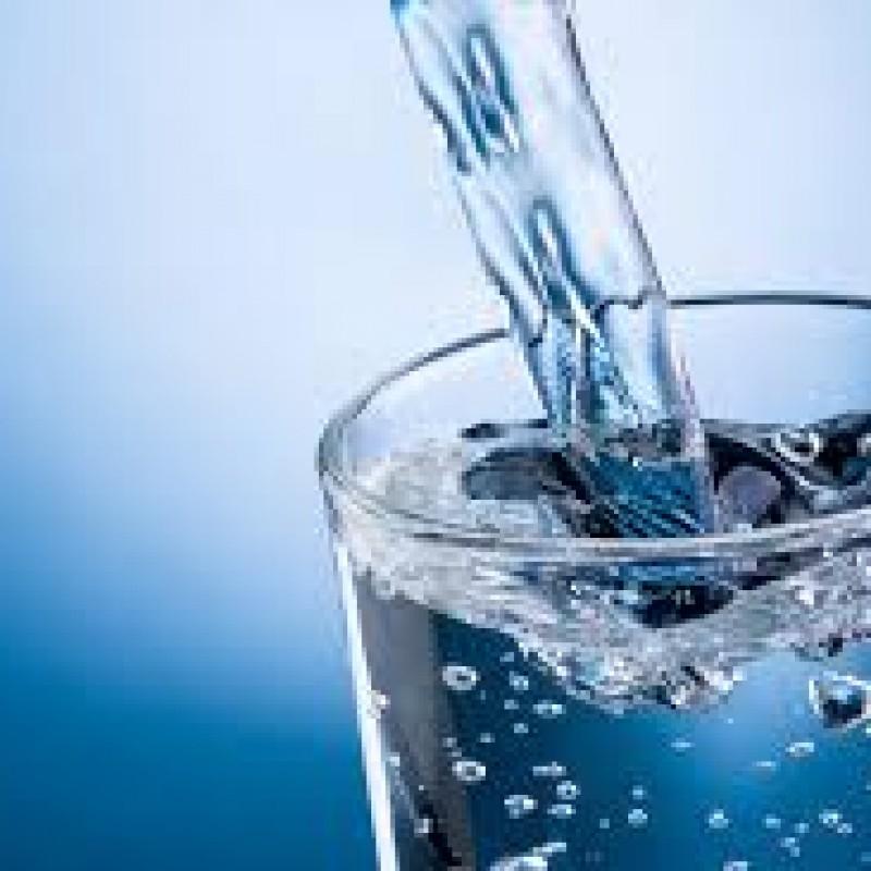 Acqua legg. frizzante 0,75 lt