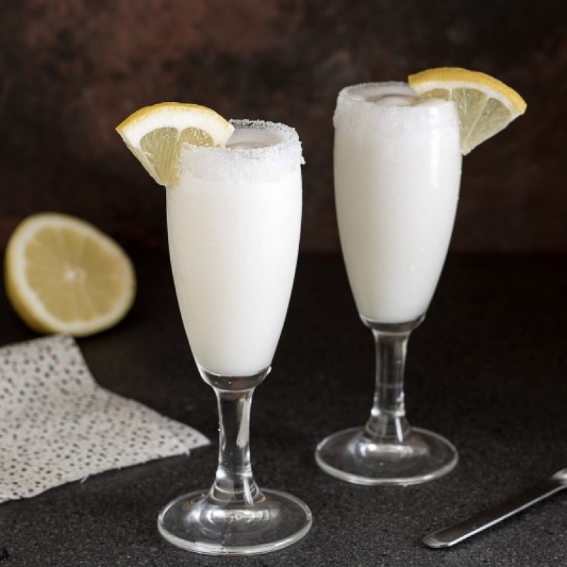 D9. sorbetto al limone ( solo a cena )