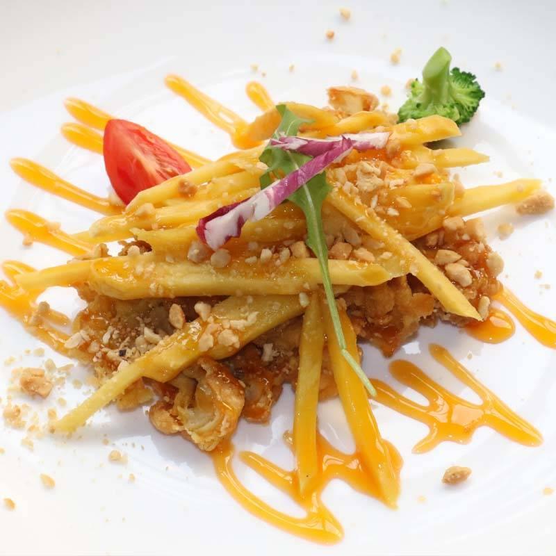 Z8 pesce croccante con salsa al pataya