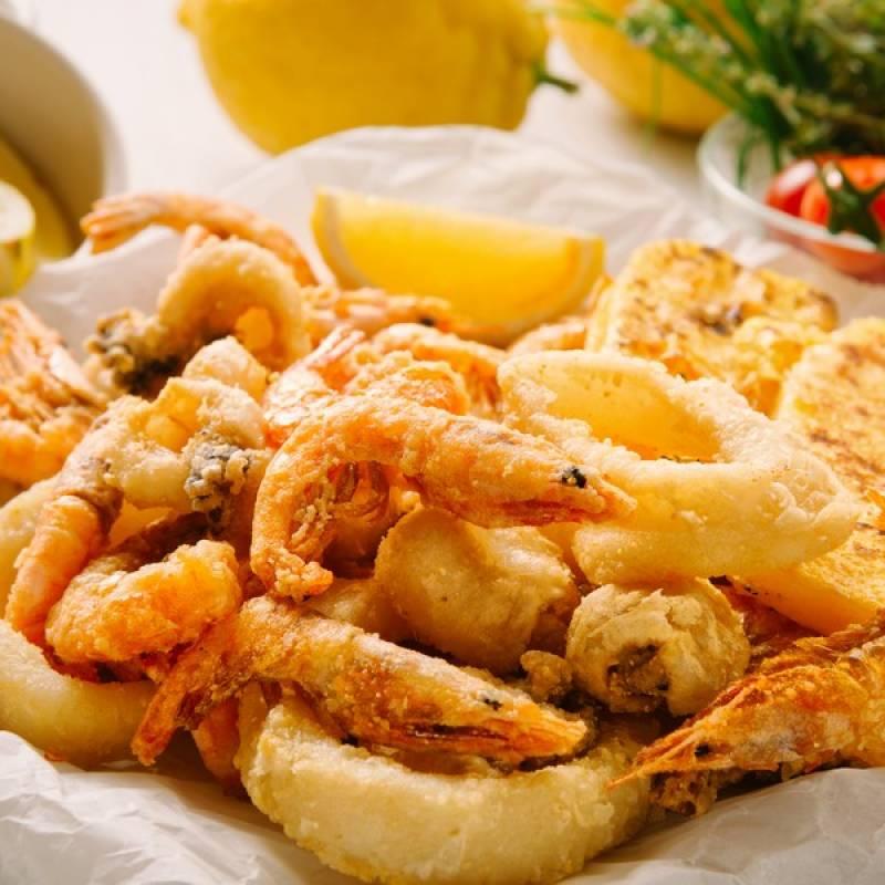Z9 frittura di calamari 炸鱿鱼 (solo a cena)