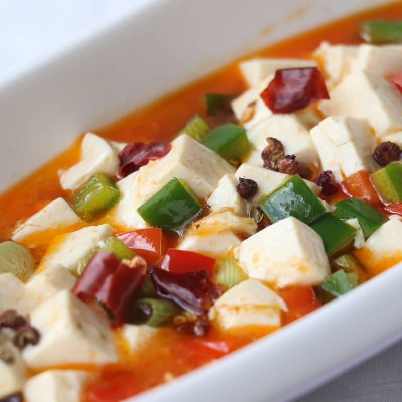 V2 tofu con salsa chili 麻辣豆腐