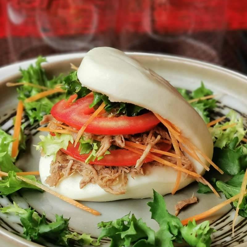 R11 Bao con pancetta sfilacciato ( solo a cena )