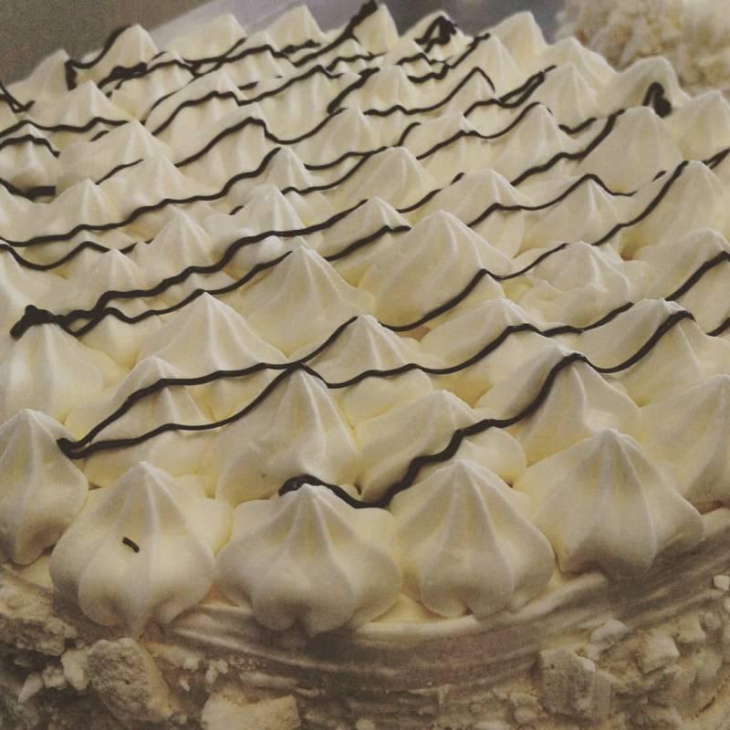 Torta Meringata al pistacchio