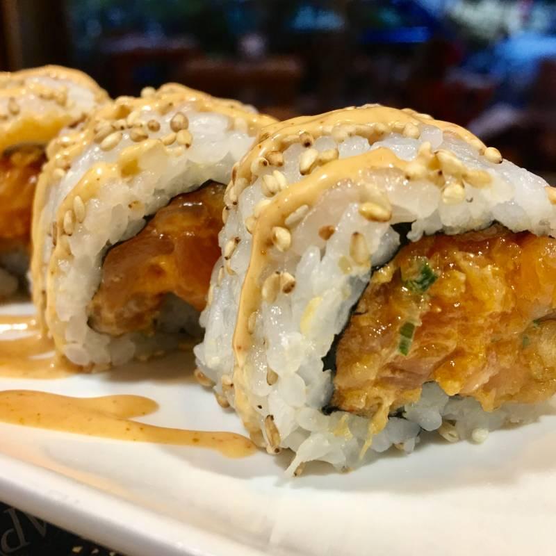 Uramaki Spicy Salmon