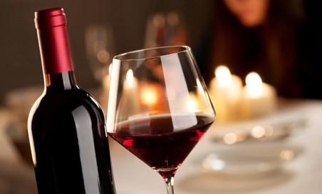 Fino a 10 litri di vino sfuso a tua scel
