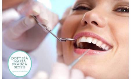 Seduta di Igiene Dentale a Cagliari