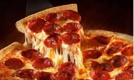 Menù Pizza con Dolce e Bibita per 2 per ...