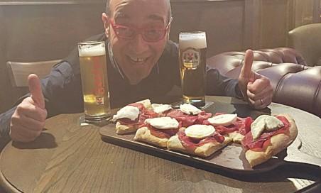 Pizza- focaccia gourmet + 2 birre da 0,5
